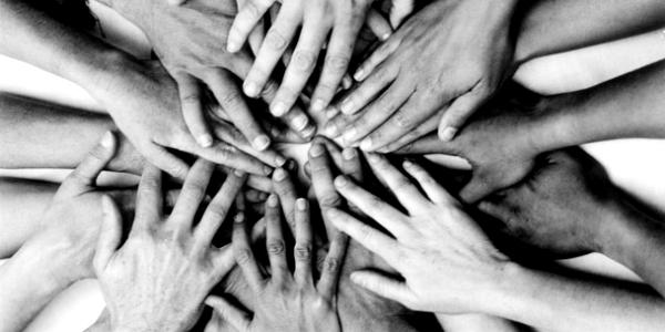 Hands-overlap-1